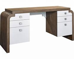 Anthony Baratta Bryce Desk